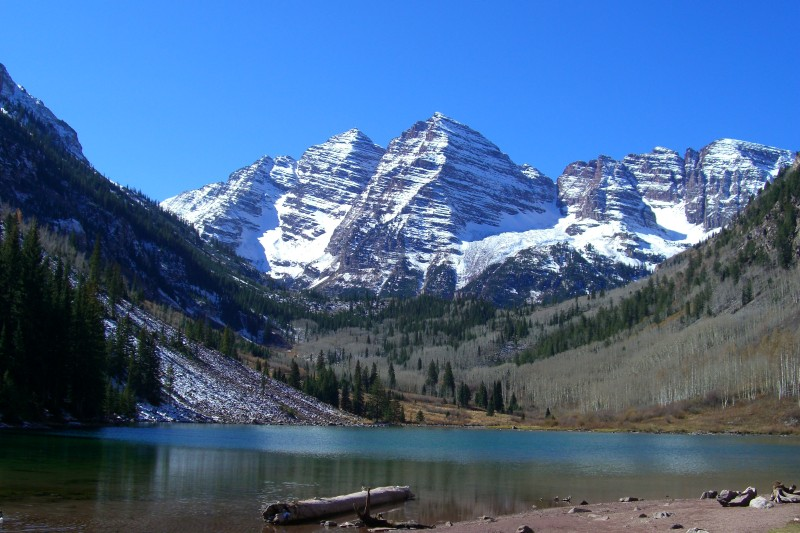 The Maroon Bells Scenic Area overlooking Maroon Lake